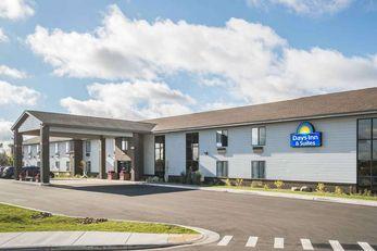 Days Inn & Suites Wausau