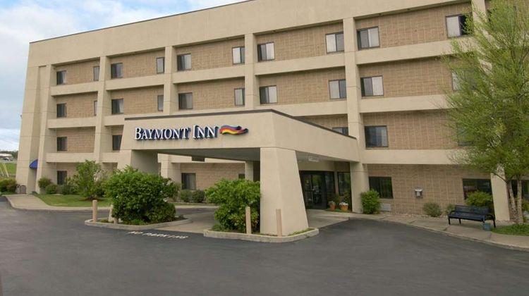 Baymont Inn & Suites Corbin Exterior