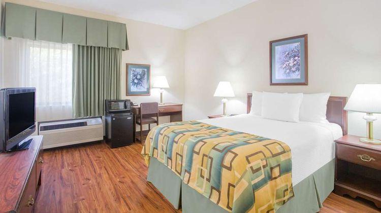 Baymont Inn & Suites Corbin Room