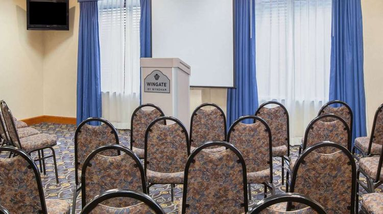 Wingate by Wyndham Rome Meeting
