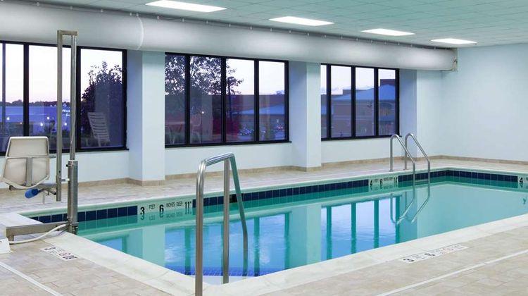 Wingate by Wyndham Rome Pool
