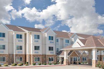 Microtel Inn & Suites by Wyndham Quincy