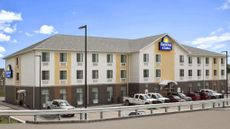 Days Inn & Suites Belmont