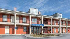 Baymont Inn & Suites Cleveland