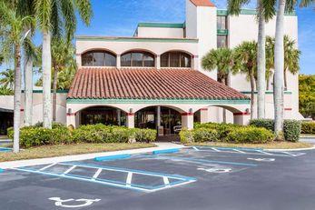 Ramada by Wyndham W. Palm Beach Airport