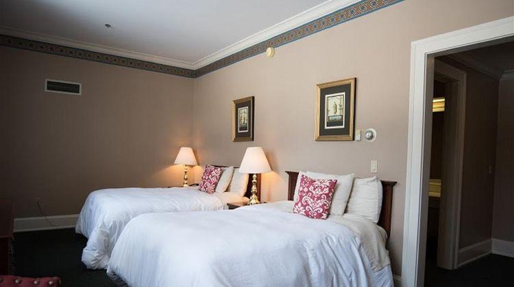 The Bertram Inn at Glenmoor Room