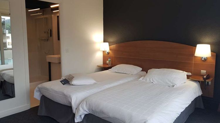 Kyriad Clermont-Ferrand Centre Room