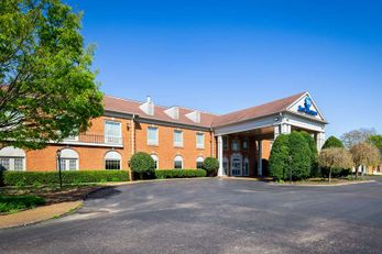 Best Western Spring Hill Inn & Suites