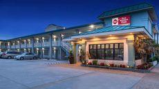 Best Western Plus Holiday Sands Inn