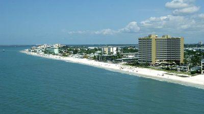 DiamondHead Beach Resort