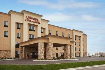Hampton Inn & Suites Williston