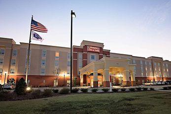 Hampton Inn & Suites Jacksonville, NC