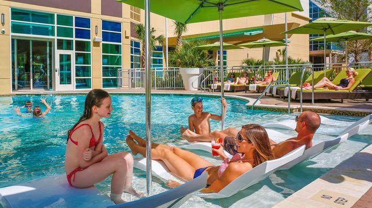 Hilton Garden Inn Oceanfront Pool
