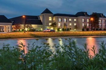 Doubletree Hotel Wood Dale/Itasca