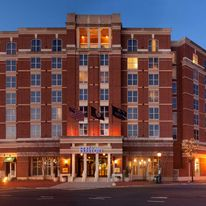 Hilton Alexandria Old Town