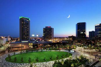 Hilton St Louis at the Ballpark