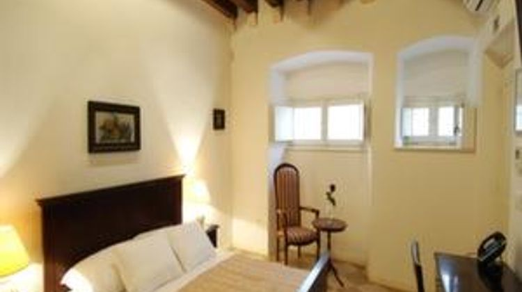 SUNce Palace Apartments Room