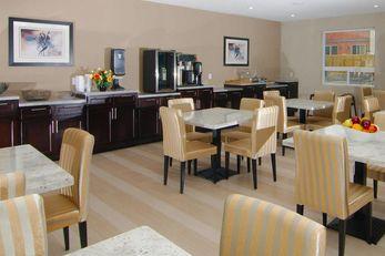 Paradise Inn & Suites Redwater