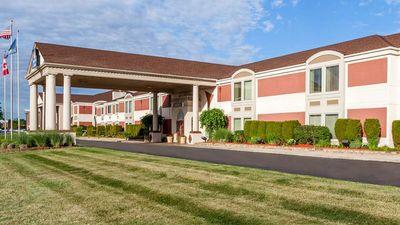 Days Inn and Suites Roseville