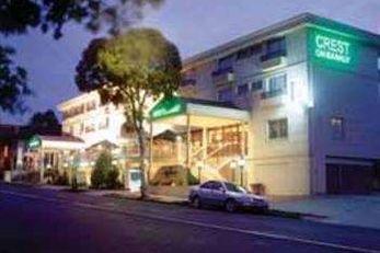 Hotel Crest on Barkly
