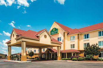 La Quinta Inn & Suites Russellville
