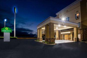La Quinta Inn & Suites Pontoon Beach