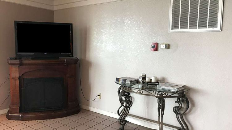 Americas Best Value Inn Mount Vernon Lobby