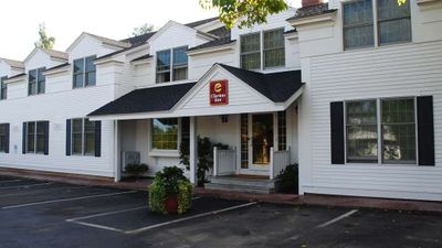 Martha's Vineyard, Ascend Hotel