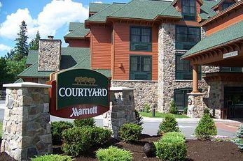 Courtyard Lake Placid