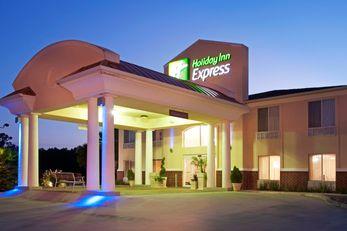 Holiday Inn Express Leesville