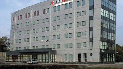 System Hotel Poznan North