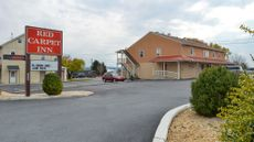 Red Carpet Inn