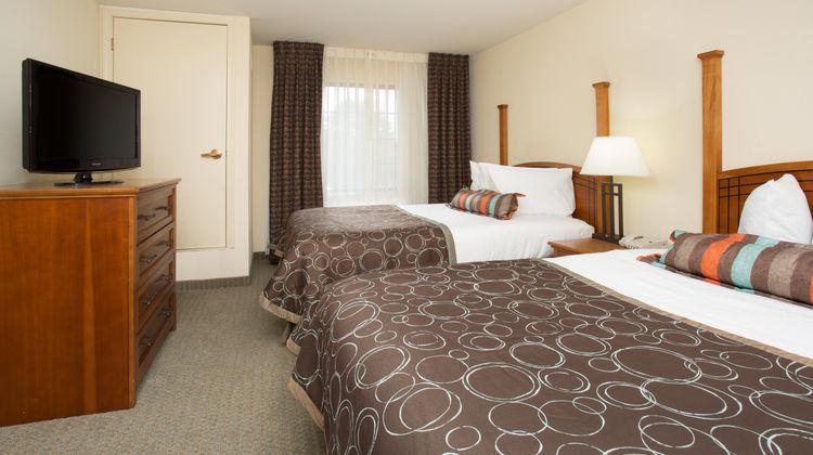 Staybridge Suites Lincoln I-80 Room