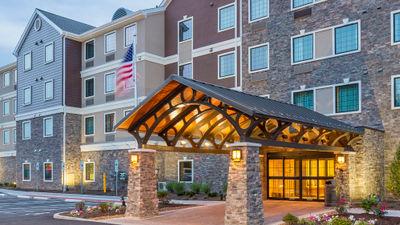 Staybridge Suites, Canton