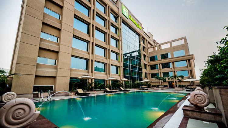 Holiday Inn Amritsar Pool