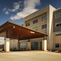 Holiday Inn Express & Suites Mt Vernon