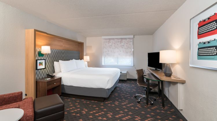 Holiday Inn Atlanta - Roswell Room