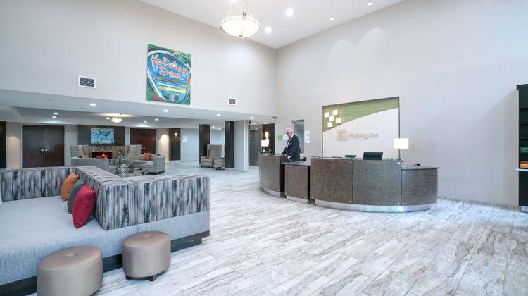 Holiday Inn Atlanta - Roswell Lobby
