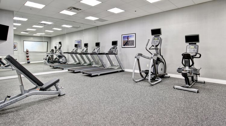 Holiday Inn and Suites Windsor Health Club