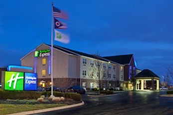 Holiday Inn Express & Suites Columbus Ea