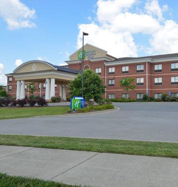 Holiday Inn Express & Suites Bridgeport