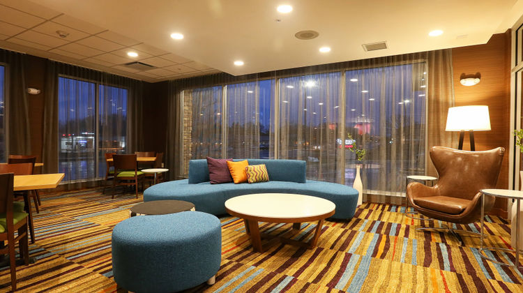 Fairfield Inn & Suites Madison/Verona Lobby