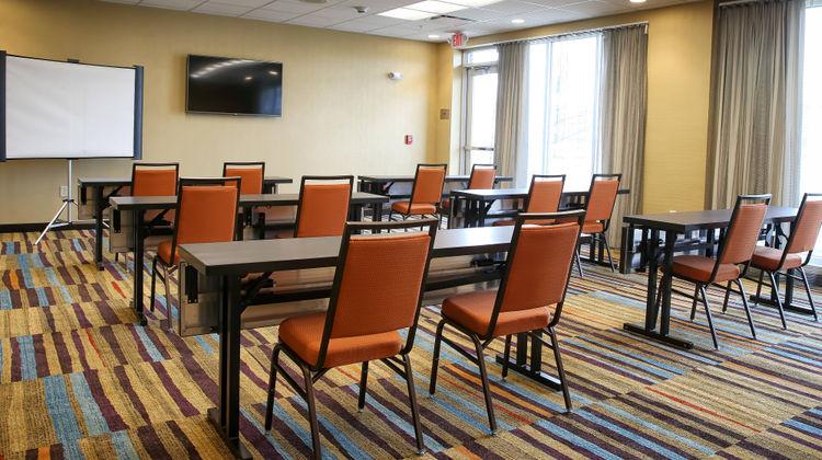 Fairfield Inn & Suites Madison/Verona Meeting