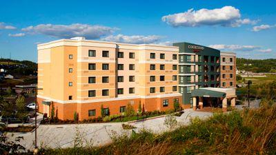 Courtyard Washington Meadow Lands