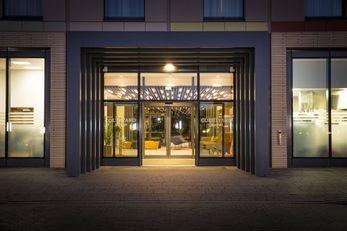 Courtyard Edinburgh West