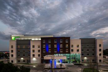 Holiday Inn Express & Stes Garland East