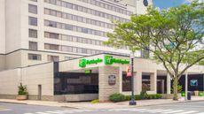 Holiday Inn Bridgeport