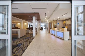 Holiday Inn Express/Stes Auburn Hills S