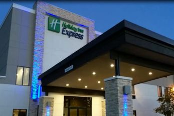 Holiday Inn Express & Suites Blackwell