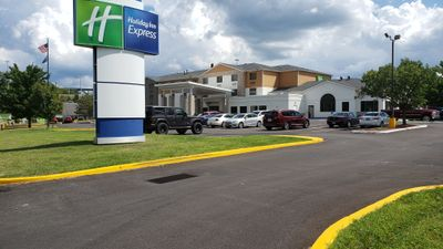 Holiday Inn Express Pittsburgh-North